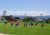 写真:サッカーをしている様子