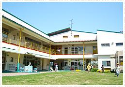 写真:朝和保育園校舎