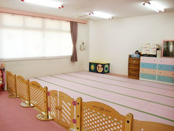 さくら組(0歳)保育室